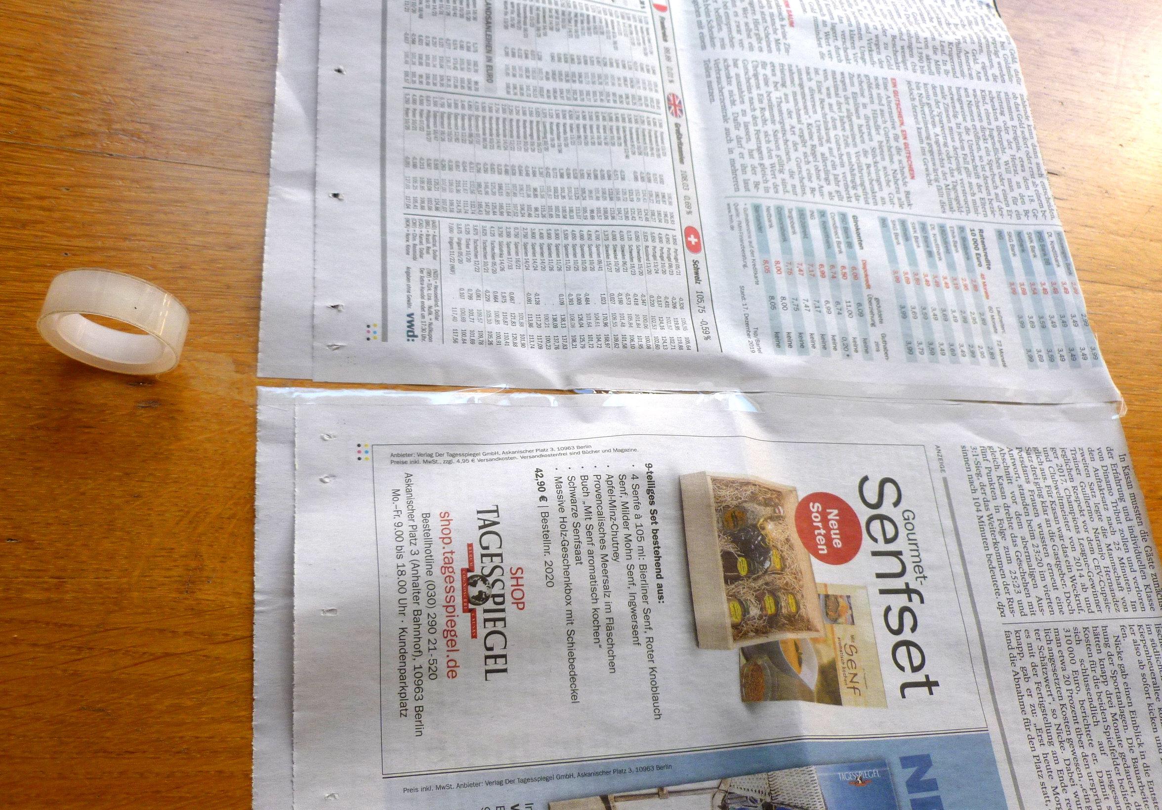 07 Zeitungkleben